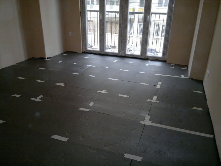 floor heating system preparation - stage 3.